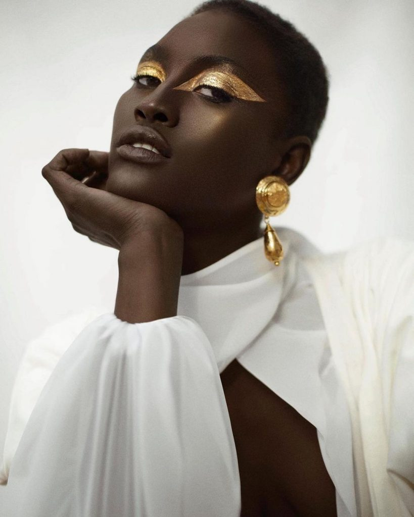 Aya_Gueye-Schon_Magazine-Six_Management