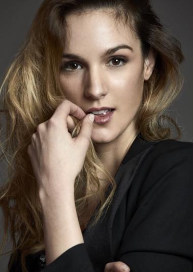 Iris V - modelo femenina de Six Management